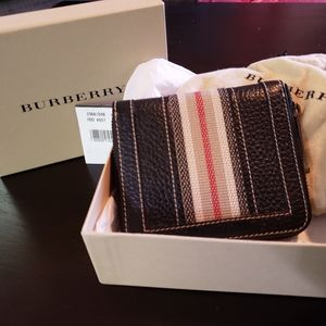 Burberry Leather Wallet with Coin Compartme